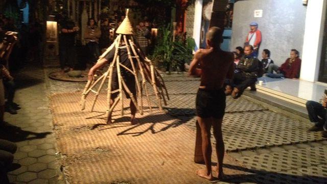 Menengok Instalasi Seni Agraris di Rumah Budaya Rosid