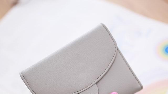 Random Challenge #17: What's In Ur Bag