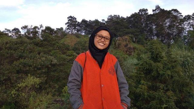 Putri Buruh Tani Ini Riset Jurusan Sejak Kelas 2 SMA