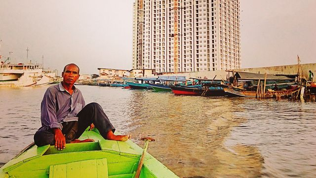 Laut Hitam di Utara Jakarta