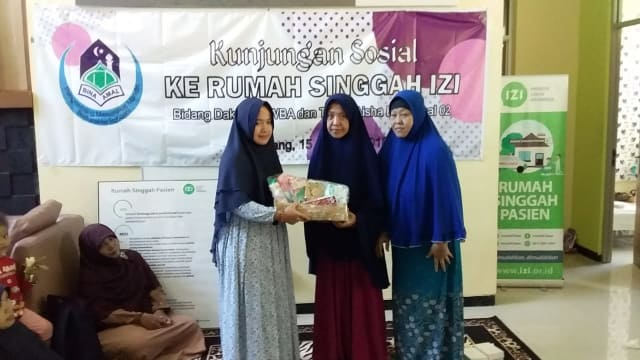 Yayasan Wakaf Bina Amal Kembali Kunjungi Rumah Singgah Pasien  IZI