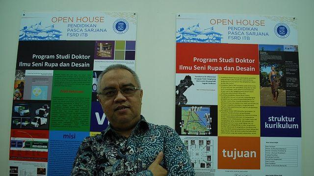 Yan Yan Sunarya, Ilmuwan ITB Berjuluk Doktor Batik Sunda