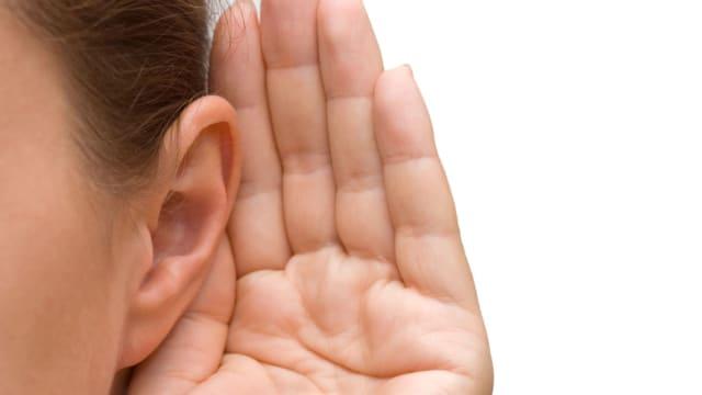 Ini Alasan Adanya Lubang Disamping Telinga Orang Korea