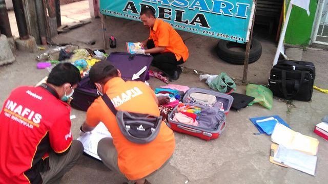 Koper Mencurigakan Gegerkan Warteg di Bandung