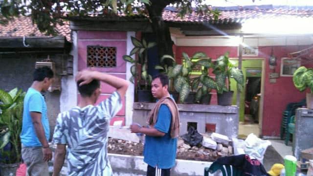Warga RT012/02 Kota Bambu Utara Jakbar Kini Miliki Pos Kamling
