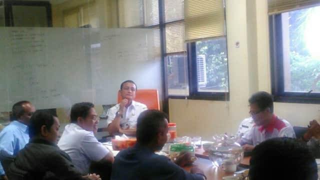 Camat Palmerah Pimpin Rakor Festival Olahraga Rakyat Tingkat Kecamatan Palmerah