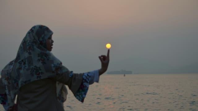 Bercengkrama dengan Senja