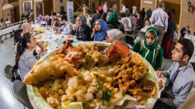 Ramadan di Luar Negeri: Inilah Lima Kampus yang Menyediakan Menu Berbuka Puasa