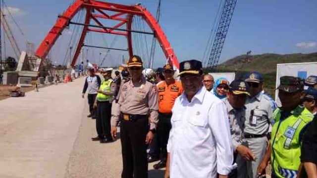 Menhub Pantau Arus Balik: Masih Ada Antrean di Jembatan Kali Kuto, Batang