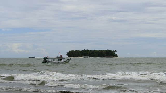 KM Arung Samudera Tenggelam di Laut Pesisir Selatan, 7 ABK Hilang