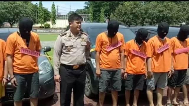 """Curangi Order Aplikasi Grab, Tujuh Sopir Taksi """"Online"""" Ditangkap"""