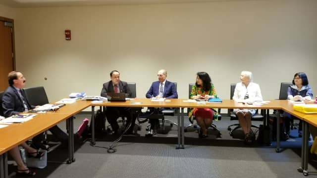 Indonesia – Kentucky Rintis Kerjasama Penelitian Air Bawah Tanah Lahan Gambut