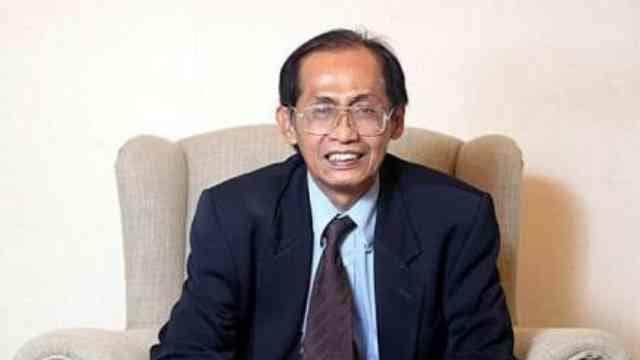 Artidjo Alkostar,Sang Hakim Agung Algojo Koruptor yang Disegani