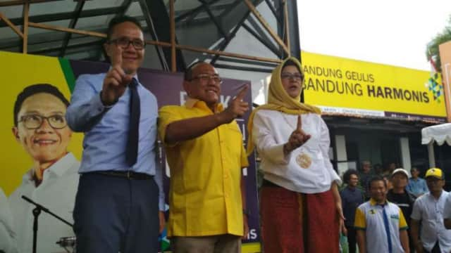 Aburizal Bakrie Percaya Kualitas dan Integritas Nurul-Rulli Untuk Pimpin Bandung