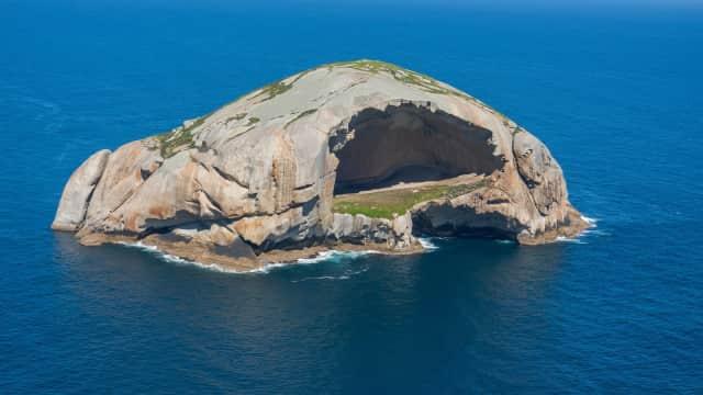 Gua Batu Tengkorak di Australia