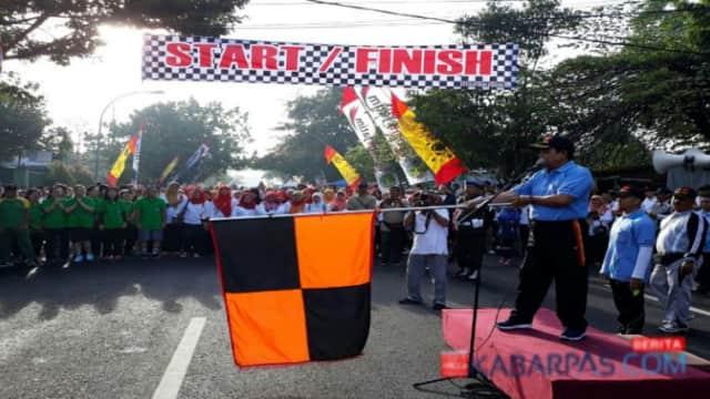 Ribuan Warga Ikuti Jalan Sehat Hari Jadi Kota Pasuruan ke-332