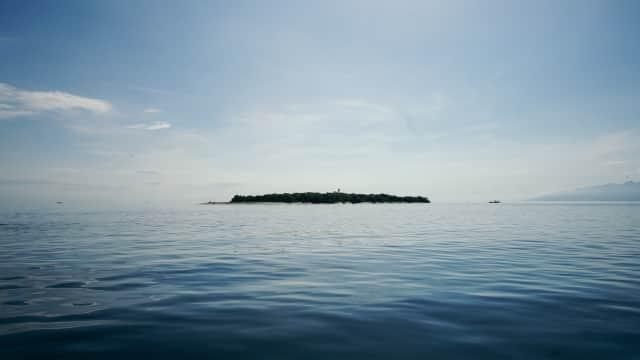 Mengintip Pesona Kecantikan Mbak Penjual Gorengan Pulau Tabuhan