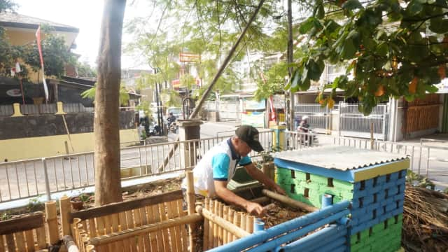 Warga Sukaluyu Bandung Diwajibkan Pilah Sampah Organik dan Non-Organik