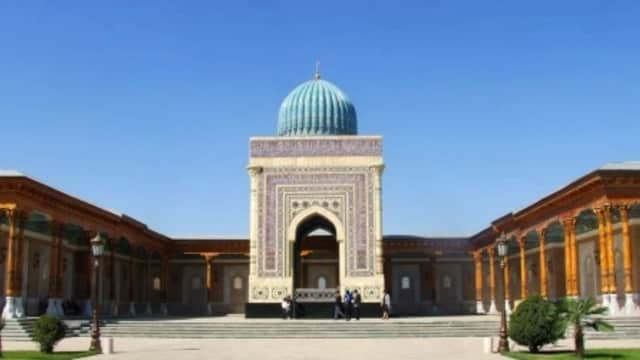 Makam Imam Bukhari, Jejak Bung Karno di Uzbekistan