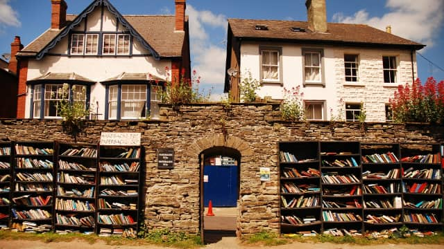 Toko Buku Kejujuran di 'Kota Buku' Hay-on-Wye