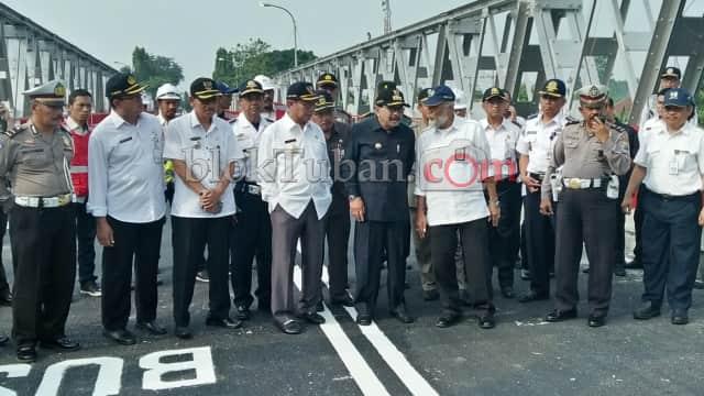 Jembatan Widang-Babat di Tuban Dibuka Kembali