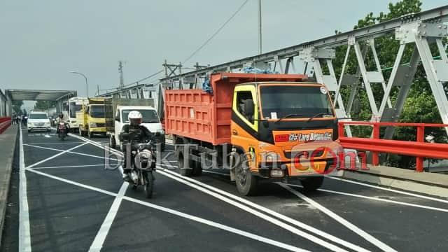 Beban Kendaraan Jembatan Widang-Babat di Tuban Dibatasi 40 Ton