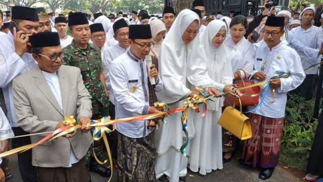 Sambil Bersarung, Wali Kota Malang Akan Ajari Materi Syar'i ke PKL