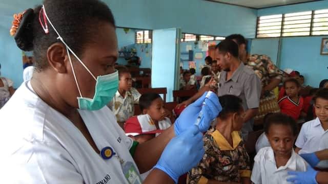 Imunisasi MRP di Kabupaten Jayapura Lampaui Target