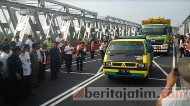 Jembatan Widang-Babat Dibuka, Semua Kendaraan Bisa Lewat