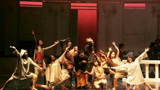 Sandiwara Teater Tak Hanya Pertunjukan Seni