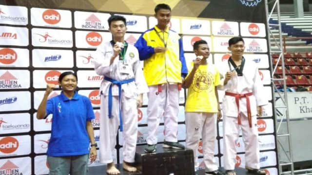 Esa Unggul Borong Empat Medali Di Kejurnas UNS Taekwondo Championship V