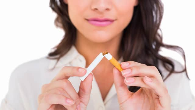 5 Makanan Pengganti Rokok, Bantu Kamu dari Ketergantungan Merokok