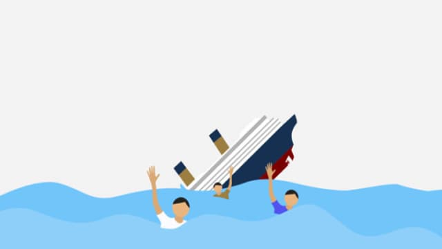 Kapal Membawa Penumpang Tenggelam di Danau Toba