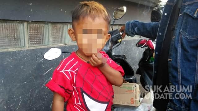 Bocah 2,5 Tahun Asal Sukabumi Kecanduan Rokok