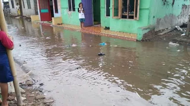 Warga Brebes Desak Pemeritah Tangani Banjir Rob Tahunan