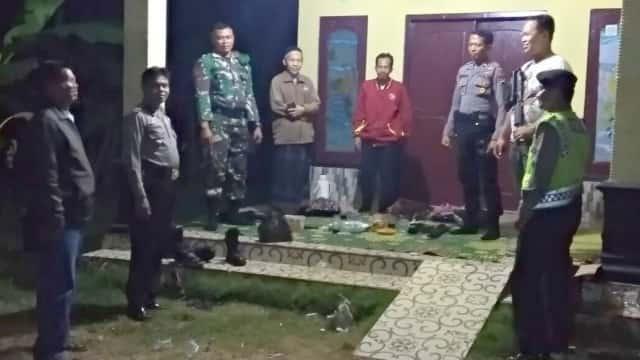 Polisi dan TNI Patroli Malam Pasca-kasus Pengeroyokan Maut di Brebes