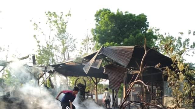 Diduga Lalai Bakar Sampah, Gudang Kayu di Tegal Terbakar