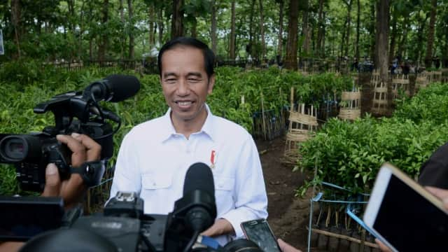 Jokowi: TKA China di Sini 23 Ribu, TKI di Sana 80 Ribu