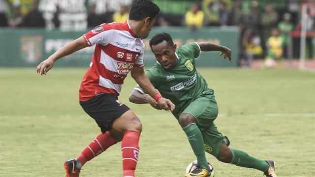Persebaya Surabaya Taklukkan Madura United Lewat Adu Penalti