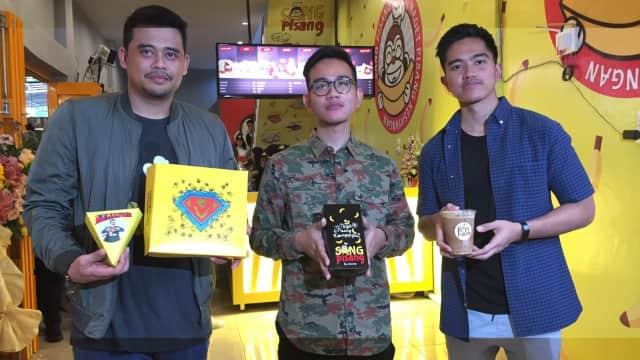 "Gibran, Kaesang dan Bobby Buka ""Kedai Rakyat"" di Medan"