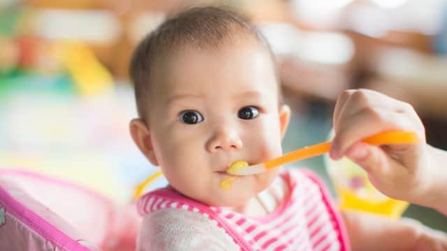 Tips untuk Ibu Saat Sudah Waktunya Memberi Bayi MPASI