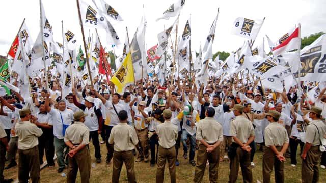 PKS: Partai Kader Berorientasi Massa