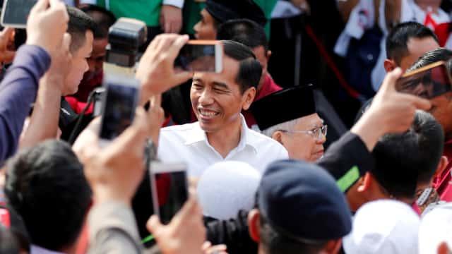 Ario Bimo: 100 Jubir Jokowi Masih Kurang