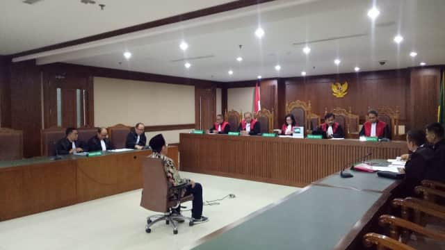 Anggota DPRD Lampung Tengah Didakwa Terima Rp 1 M dari Bupati Mustafa
