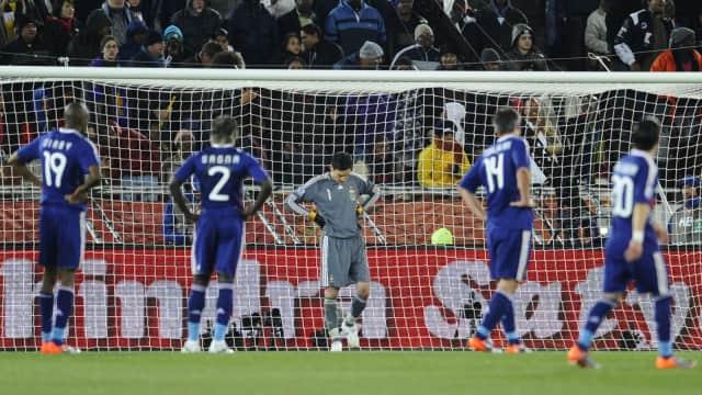 Piala Dunia 2010: Prancis Pecah, Prancis Luluh Lantak