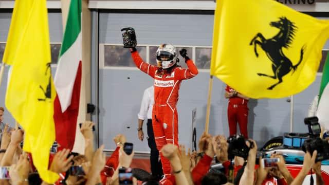 Hal-hal yang Bisa Membuat Ferrari Menyaingi Mercedes di Formula 1