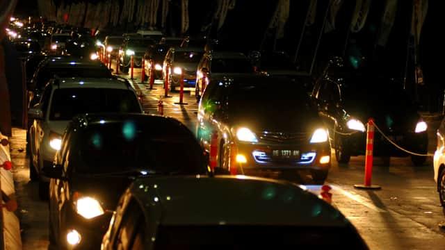 Kisah Saya Ambil Alih Mobil 'Travel' Bandung-Jakarta