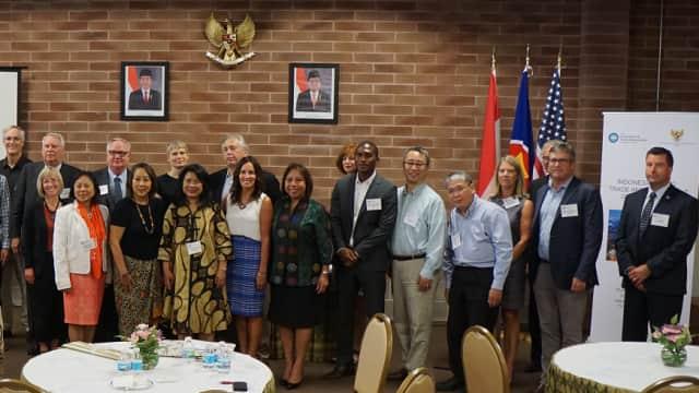 Pengusaha Midwest Minati Sektor Infrastruktur Indonesia