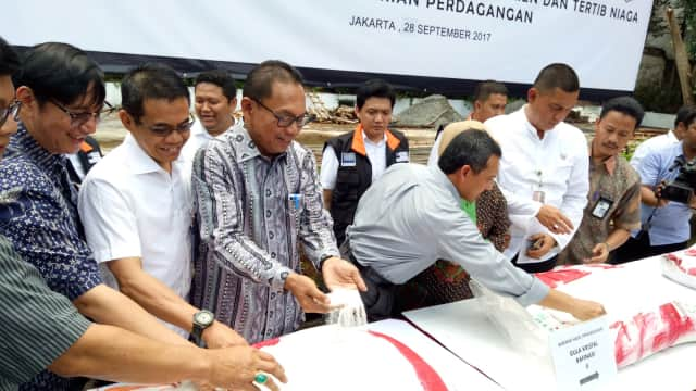 Kemendag: Tiap Tahun 300 Ribu Ton Gula Rafinasi Impor Bocor ke Pasaran