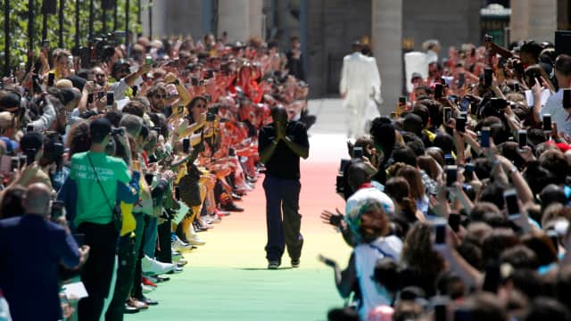 Debut Virgil Abloh di Louis Vuitton Bertabur Bintang Dunia
